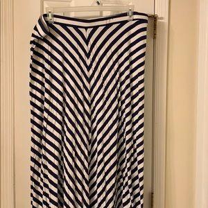 Lane Bryant Maxi Skirt Plus 22/24 White & Blue